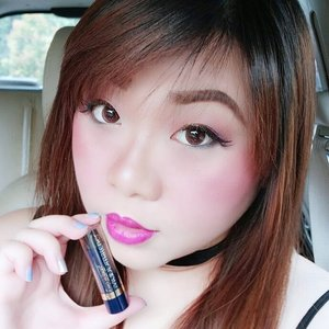 Long time no car selfie... Seriously, the natural lighting on the passenger seat of our car is the kind of lighting i wish i could have in a compact ring light form so i can haz perfect selfies at all time 😂😂😂. Anyway, i am wearing my current fave lippie @moodmatcherindonesia in Black (that transforms into deep pink with strong purple tint on me)  For the full review go to  http://bit.ly/moodmatcherlippies  #sbbxmoodmatcherindonesia  #sbybeautyblogger  #clozetteid #blogger #bblogger #bbloggerid #beautyblogger #beautynesiamember #bloggerceria #sbybeautyblogger #girl #asian #influencer #beautyinfluencer #indonesianblogger #indonesianbeautyblogger #surabayablogger #surabayabeautyblogger #lipstickaddict #ilovelipstick #beautyaddict #lipstickjunkie  #endorsementid #moodmatcher #moodmatcherindonesia #colorchanginglipstick #review #moodmatcherreview #endorsement #endorsersby