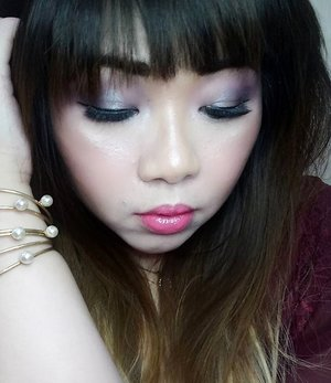 Glam Valentine Look for @atomcarbonblogger 's #kbbvwelcomecollab  Playing with bright purple,  black and silver eyeshadow for a sultry and glam eye makeup but i still want to add that cliche Vday element (pink!) in the look so i used a neon pink lippie combined with bright pink lip tint!  #makeup  #blogger #bblogger #bbloggerid #clozetteid #clozettedaily #girl #asian #indonesianblogger #indonesianbeautyblogger #surabaya #surabayablogger #surabayabeautyblogger #sbybeautyblogger #allaboutmakeup #influencer #makeupaddict #makeuplook #valentinesday #vday #valentinesdaylook #valentinesdaymakeup #dramaticeyemakeup #glamvalentine #glamvalentinemakeup #dramaticeyelashes #dramaticfalsies