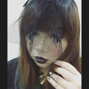 Polar opposite of yesterday's look, all #black #fotd #motd #blackmakeup #blacklipstick #happyhalloween #halloween #veil #blackveil #clozetteid #girl #asian #selfie #spooky #creepy #blogger #bblogger #beautyblogger #indonesianblogger #indonesianbeautyblogger #surabaya #surabayablogger #surabayabeautyblogger