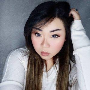 Because i can be anything you want to be, baby...  Bosen post yg manis2 gitu loh looknya 😅.  #clozetteid #sbybeautyblogger #makeup #ilovemakeup #motd #makeuplook #BeauteFemmeCommunity  #clozetteid #sbybeautyblogger #makeup #bloggerceria #makeuplook #softmakeup #ilovemakeup #beautynesiamember #makeupaddict #bloggerperempuan #indonesianfemalebloggers #girl #asian  #bblogger #bbloggerid #influencer #influencersurabaya #influencerindonesia #beautyinfluencer #beautysocietyid #itsbeautycommunity #surabayainfluencer #jakartabeautyblogger