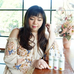 Want a healthy crop of hair and prevent yourself from hair loss?  Check out my review on @keiskeiindonesia @keiskeiofficial Hair Tonic and Hair Perfume Conditioner here : pinkandundecided.blogspot.com/2018/06/hair-o-logy-06-keiskei-indonesia.html?m=1  Special thank you to my beloved @sbybeautyblogger !!! #Penumbuhrambut #Keiskei #Haircare #Perawatanrambut #Beauty #Kecantikan #Kesehatan #SBBxKeiskeiIndonesia #sbbreview #sbybeautyblogger  #clozetteid  #bloggerceria  #beautynesiamember #review  #bbloggerid #influencer #beautyinfluencer #haircare #antihairloss #indonesianbeautyblogger #surabayablogger  #surabayabeautyblogger #sponsored #endorsement #endorsementid #endorsersby #endorsementindonesia