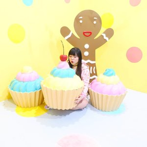 Coz i am just a little girl inside... #icecreamworld#icecreamworldmalang#pinkinmalang#clozetteid #sbybeautyblogger #beautynesiamember #bloggerceria #influencer #beautyinfluencer #jalanjalan #wanderlust #blogger #bbloggerid #beautyblogger #indonesianblogger #surabayablogger #travelblogger  #indonesianbeautyblogger #travelblogger #girl  #surabayainfluencer #travel #trip #pinkjalanjalan #ootd #ootdid #girlygirl #malang #jawatimurpark3 #pastelcolors
