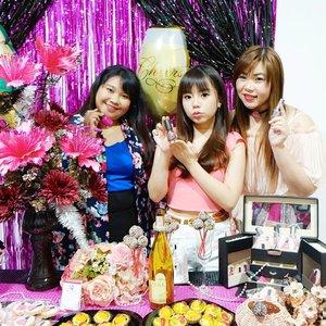 Hewey, Dewey, Louie.  If they have scary RBF faces.  I luv u, betches 😘😘😘 Still from @menail.salon new branch opening at Asia Beauty Center Nail Cocktail Party yesterday!  #menail #grandopening #newbranch #menailasiabeautycenter #menailsurabaya #aphroditesXmenail #host #cocktailparty #nailcocktailparty #event #nailsalonopening #influencer #blogger #girl #asian #pink #festive #clozetteid #beautynesiamember #bloggerceria #sbybeautyblogger #brandambassador #allaboutnails #bblogger #bbloggerid #surabayainfluencer #indonesianblogger #girlsquad #heweydeweyandlouie