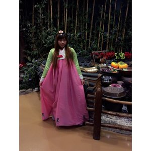 #ootd #korea #style #lol #traditionalcostume #koreatrip #lotteworld #themepark #clozetteid #clozetteidgirl