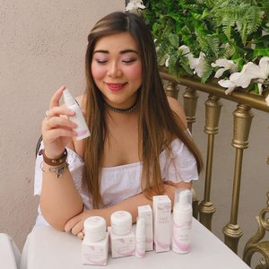 Want a brighter, healthier skin without breaking your bank? Check @tryme_skincare out! Try Me is an Indonesian skin care brand that focuses on skin brightening with very affordable price tag. BPOM certified, no paraben and without animal testing, what else can we ask for?  Read my in depth review on my blog :  http://bit.ly/trymeskincare 😊😊😊 .  Special thank you to @sbybeautyblogger !  #sbbxtryme #sbbreview #sbybeautyblogger  #reviewtryme #trymeindonesia #trymecosmetics #clozetteid #bblogger #bbloggerid #influencer #influencerindonesia #surabayainfluencer #beautyinfluencer #beautybloggerid #beautybloggerindonesia #bloggerceria #beautynesiamember  #influencersurabaya #allaboutskincare  #review #skincare #skincarereview #indonesianblogger #indonesianbeautyblogger #surabayablogger #surabayabeautyblogger  #sponsored #endorsementid