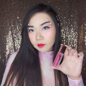 Distracted by magenta lips this first Valentine look by me? Well, Ctrl Key All Lasting Lipquid really did steal the show, didn't it? I really been enjoying these products from @sexy_formula lately, if i just raved about their glitter eye topper, lemme tell you that their lippie is no less superior!Ctrl Key All Lasting Lipquid is very pigmented (like, you get the whole effect from the very first swipe, it also feels pretty comfortable and long lasting too.Available in 5 gorgeous shades that can be worn for full lips or ombre, comes with a very luxe and sleek frosted packaging that you would be proud of to whip out in public to touch up (although you don't even need to do it often), i would highly recommend you checking them out if you're in the mood for a new lippie.Mine is in shade Monaco Magenta, which is simple striking and head turning - perfect for a bolder, sassier Valentine's date look!You can get yours with special price at my Charis Shop (Mindy83) or type https://bit.ly/CtrlKeyMindy83 to get directed to the page directly.@hicharis_official @charis_celeb #sexyformula #CtrlKeyAllLastingLipquid  #lip #lipquid #CHARIS #hicharis #charisceleb#kbeauty  #clozetteid #sbybeautyblogger #BeauteFemmeCommunity  #lipcream #koreancosmetics
