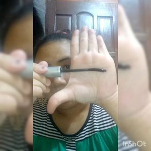 DETAIL :  1. @wardahbeauty Seaweed Primary Hydrating Skin Hydrating.  2. @viva.cosmetics Pensil Alis Coklat.  3. @wardahbeauty Pensil Alis Coklat.  4. @pixycosmetics Matte in Love Merry Orange sebagai eyeshadow.  5. @inezcosmetics eyeshadow Athena.  6. @purbasarimakeupid Intense Color Liquid Liner Jet Black.  7. @wardahbeauty EyeXpert Perfect Curl Mascara.  8. @pixycosmetics 4 Beauty Benefits Beige 03.  9. @marckscosmeticind Loose Powder Creme.  10. @eminacosmetics Cheeklit Blush Sugarcane.  11. @inezcosmetics Amsterdam ambil warna coklat shimmer utk bronzer dan Contour sedikit.  12. @pixycosmetics Matte in Love Ginger Ale 507.  13. @natur_e_indonesia Face Mist.  #sociollabloggercommunity #socoid #bunnysneedmakeup #bloggerindonesia #bloggerperempuan #bloggersolo #bloggerboyolali #beautynesiablogger #clozetteid #indonesianfemaleblogger #lavinabeautyblog #lavinamakeup #beautiesquad #emak2blogger #nofilter  #indonesiabeautyblogger #indonesianbeautyblogger #kbbvmember #wakeupandmakeup #indonesiafemaleblogger #localcosmetics #lavinatutorial #lavinareview  #sociollabloggernetwork #sociollablogger #indonesianbeautybloggers #mombloggercommunity #tampilcantik @tampilcantik