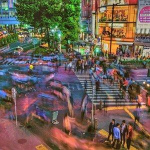 Kalo pake 3D manuever gear di Shibuya gmn ya?? haha efek nonton #singekinokyojinseason3 ep 2 😅😂..#shibuya #tokyo #igtokyo #japan #jepang #shibuyacrossing #tsutaya #igtravel #igjapan #instajapan #instatokyo #igshibuya #instastyle #traveltokyo #travelphotography #clozetteid #jnto #funjapan #japantrip