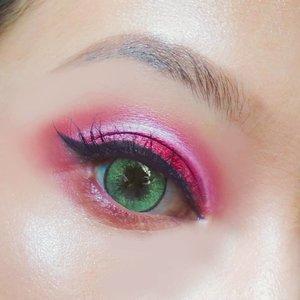 Kurang nendang eyeshadow merahnya yg penting ngeramein #tujuhbelasan 💪💃 . . #eotd #eotdmakeup #eyeshadow #nyxcosmeticsid #clozetteid #merahputih #17agustus #merdeka #tujuhbelasagustus #igmakeup #instamakeup #makeuplook #motd #beautybloggerindonesia #indobeautysquad #setterspace #inspirasicantikmu #makeupindonesia