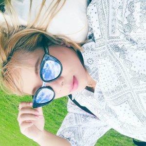 Kangen liat langit biru sambil ditiup angin sepoy sepoy di #yokohama 🍃🗾🌬️ Jangan lupa nonton #japantrip #vlog di #linkinbio 🙏 . . #radenayublog #yokohamabeach #japanesefood #japanvlog #japanesefashion #japantravel #Clozetteid #solotrip #solotraveler  #yamashitapark