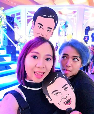 Kipas Joji ilang waktu nonton Joji...@sushitrash😢😭..#throwback #joji #tbt #throwbackthursday #sushitrash #88rising #radenayublog #Clozetteid #purplehair #bluehair #techwear