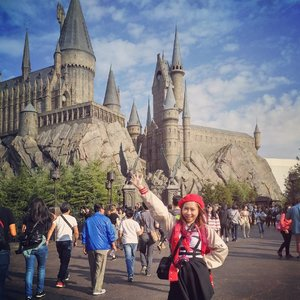 If you want me to buy anything in USJ, please post it at AIRFROV.COM NOW!! then I'll buy it just for you 💟 only accept request before 3 pm JAKARTA TIME!! #USJ #harrypotter #wizardingworldofharrypotter #osaka #japan #clozetteid