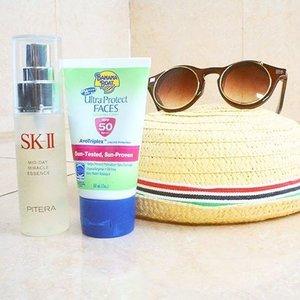 My travel essentials are face mist,  Sunblock, sunnies and hat 😉What's yours? 💼👒 #sociollachallenge #mybeautyadventure #utamaspice #advday12 #clozetteid #Skii #hat #shades #sunnies #sunblock #bananaboat