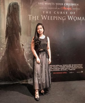 Going for the classy goth look for #TheWeepingWomanid premiere launch! I know most of you probably watched all the Conjuring Series already, and this one is also from their maker. Don't doubt the thrill, like seriously, even i screamed outside the studio just because of the moving trailer on screen, ask my sister how embarassed she was 🤣 but seriously, giving you nightmares starting from 17 April, so book your tickets now 😣😣 #clozetteid