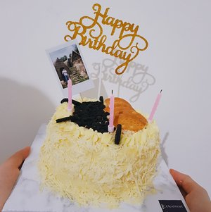 my birthday cake! I love cheese, do you? http://www.stephaniesjan.com/2020/12/happy-birthday-to-me.html