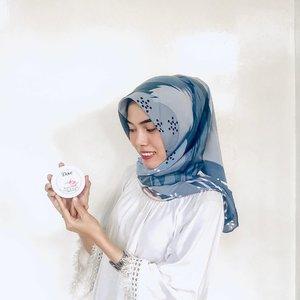 Finally! One of the hypest multifunction cream has finally arrived in Indonesia. Dove Beauty Cream and Dove Nourishing Cream [DEEPLY NOURISH: long lasting soft & smooth skin]. Dove Beauty Cream ini enak banget. Saat aku aplikasikan ke kulit ku, kulit jadi langsung terasa lembab dan halus. Wanginya itu loh, bener-bener enak dan awet 😭 bikin mood aku jadi happy terus deh ❤Kamu bisa dapetin produk Dove Beauty Cream exclusive di Alfamart dan Dove Nourishing Cream pada toko terdekat atau e-commerce favorit kalian. Aku merekomendasikan banget kedua produk ini ke kalian karena bisa jadi my on-the-go product yang sangat multifunction cream dan wajib dibawa kemana pun tanpa repot bawa banyak produk!@Dove @BeautyJournal #DoveBodyCream #DoveBeautyCream #DoveNourishingCream #MultifunctionCream #DeeplyNourish #HealthierSkin