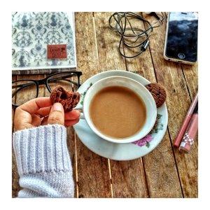 Sisteeers!!!!!!! Ngopi yuks! ...#clozetteid #morningcoffee #happysunday #hellosister