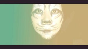 Video untuk look yang sebelumnya. Kali ini bikin facepaintnya gagal total karena gak mau nempel ke kulit, dan ketika dioles malah dempul dan bedaknya ikutan keangkat 😥😥. Juga karena dasarnya belum bisa gambar, jadi kanan kirinya gak sama 😅😅.Produk :- @milanicosmetics- @viva.cosmetics- @inezcosmetics .🎵 Calvin Harris feat. Tinashe - 5 AM....#indovidgram  #1minutemakeup  #festivemakeup #makeuptutorial  #makeuptutorial  #indobeautygram #beautybloggerindonesia  #bloggerponorogo  #wakeupformakeup  #glammakeup #clozetteid #ivgbeauty #setterspace #makeupforhijab #indomakeup_squad #bunnyneedsmakeup #hijabandmakeup  #beautylosophy #teambvid@beautiesquad @setterspace@indobeautygram @beautylosophy @bvlogger.id @bloggerceriaid @indobeautysquad @beautybloggerindonesia @indomakeup_squad @bunnyneedsmakeup