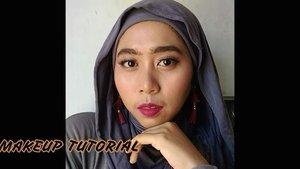 Primer @studiotropik ⠀ Alis pakai dari @mobcosmetic ⠀ Foundation dari @clinelleid dan @shuuemura ⠀ Bedak dari @makeupforever⠀ Eyeshadow dari @PixyCosmetics⠀ Eyeliner dan blush on dari @FanboCosmetics⠀ Benges pakai dari @Wardahbeauty⠀ ⠀ ⠀ ⠀ Okay! Siap dolan!!!! ⠀ ⠀ 🎼 Faozia - You Don't Even Know Me⠀ ⠀ ⠀ #makeuptutorial #tutorialmakeup #ragamkecantikan #tampilcantik #makeupnatural #videomakeup #videotutorial ⠀ ⠀ #beautiesquad #beautyranger #rangerratjun #kbbvmember #beautygoers #setterspace #clozetteID #youtuberponorogo #bvlogid