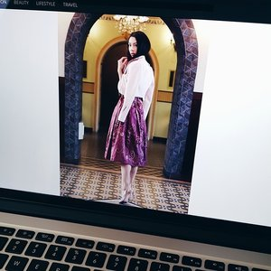 Working on my new post, will be up tomorrow 10am (Jakarta/Indonesia time) My beautiful skirt is from @swanstwenty @sophie_tobelly 💗 and don't forget to check out the latest fashion trends @clozetteid#fashion #IndonesianDesigner #fashionblog #fashionblogger #fashioninspo #newpost #JenniferBachdim #werk #fblog #fblogger #Swanstwenty #Clozetteambassador #ClozetteID #jenniferbachdimxClozetteID