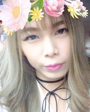 Happy sunday 👼🏻 Lips: 3CE Pink Rumour  Choker: carousell.id/Jennifermarcellina  #MOTD #clozetteid #starclozette #asian #selfie #koreanmakeup #beautybloggerid #haircrush #greyhair