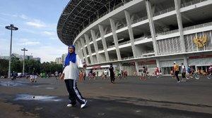 Olahraga itu penting, Gak usah Yang berat berat bisa jalan santai sampai lari lari kecil yang penting dapet sehatnya.Oh ya ini juga penting geus, foto ootd 📸 cekrek....#outfitforhijab #hijab #ootd #todaysoutfit #clozetteid