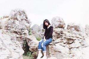 Stones⛰ . . #reupload #clozetter #clozetteid #clozettedaily #beautynesiamember #stonegarden