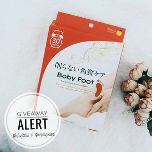 Today let's talk about this product that i've tried and works like wonder 💣💣 @babyfootid Basically it's a mask that's specialized to remove your dead skins and leave your feet soft like a baby again.. it's totally PAINLESS and you can do it at your home!Now for #giveawaytime please follow these steps down below and get a chance to win:a) Repost this post and follow@babyfootidand@beautyjournalb) Tag@babyfootidand 3 of your friendsc) Explain your foot problem and why you need #babyfoot to solve your problemd) Put hashtag #babyfootid #babyfootxbeautyjournal #babyfootexperience and #babyfootpeelingmaske) Make sure your account is non private account *there will be 2 winners that will win total prize worth Rp 1.500.000#babyfootxbeautyjournal #babyfootexperience #babyfootpeelingmask #footmask #babyfootmask #babyfoot #beautyjournal #clozetteid #jakartagiveaway #beautygiveaway