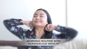 Good MorningSebelum make-up jangan lupa skincare dulu yuuk. Aku lagi suka pakai series Aloe Vera @holikaholika_indonesia Soothing Essence Special Kit. It make me feel so fresh and awake. Have a great day everyone💋....#holikaholika #holikaholikaindonesia @itsbeautycommunity #itsbeautycommunity #ichamaucerita #skincareroutine #beautybloggerlife #beautychannelid #indobeautyvlogger #indobeautygram #ragamkecantikan #clozetteid @beautychannel.id #cantikcantik