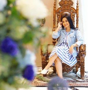 Pagi ini kenalan sama brand skincare Malaysia yang kandungannya banyak bunga-bunga cantik dan alami untuk mencerahkan wajah. Welcome to Indonesia @nurishorganiq_id . It's available now at Guradian. Can't wait to try this one💛 . . #NurishOrganiqID #RadiateYourTrueNature #NurishOrganiqIDxClozetteID #ClozetteID @nurishorganiq_id @clozetteid