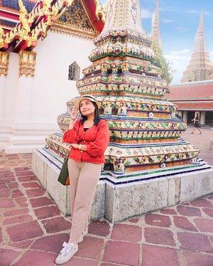 Edisi halu kepengen balik jalan-jalan Thailand. Apalagi jalannya versi Luxury Trip🤩🤩 sama @cosmopolitanfm dan @wisatathailand siapa juga yang ngga mau?? Biar nanti bisa buat Vlog dengan tema Luxurious Trip in Thai with Kak Uchiet @uchiet ..karena ada kak uchiet disanaaa😘. Mau Ootd kece badai sama Kak uchiet✅ Udah kangen banget sama Mango Sticky Rice, tom yum , thai tea. Apalagi setiap kali intip @wisatathailand tuuh keknya selalu ada spot di Thailand yang kelewatan aku kunjungin atau malah baru tau akunya. Wish me luck babes 💋 semoga ke angkut di #luxperiencethailand ini🤩🤩...#904sweetescape #kethailandyuk #luxperiencethailand #ceritaperjalananicha #travellingthroughtheworld #travelphotography #clozetteid