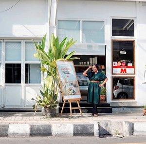 Cerita Minggu Pagi di Jogja😘...📸 by @ernykurnia14 💛#ceritaperjalananicha #clozetteid #potd #bloggerruangtunggu #sundayvibes #ootdindo