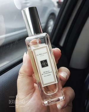 This is not a love at the first sight with Jo Malone, but it's safe to say that my love is constantly growing. One of them is now inside my bag. Hope to see you next time I'm here bebb @fanny_blackrose . . . #clozetteid #clozettestar #fragrance #jomalone #jomalonelondon #mimosa #cardamom #cologne #makeupmess #makeupjunkie #makeupaddict #makeuphoarder #makeuplover #beautyjunkie #indonesianbeautyblogger #fdbeauty #luxurymakeup #highendmakeup #motd #fotd #bloggerindonesia #bloggerkediri #beautyvlogger #vloggerindonesia #bloggersurabaya #indonesiabeauty
