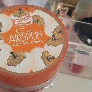 Coty Airspun Loose Face Powder on Blog now.. 😊 Happy midweek!!