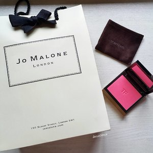 Because I love you Mr Ford 😁 and I have finished my Chloe perfume today, so let's consider it as emergency haul.. #clozetteid #clozettestar #makeupmess #makeupjunkie #makeupaddict #makeuphoarder #makeuplover #beautyjunkie #indonesianbeautyblogger #fdbeauty #luxurymakeup #highendmakeup #jomalone #tomford