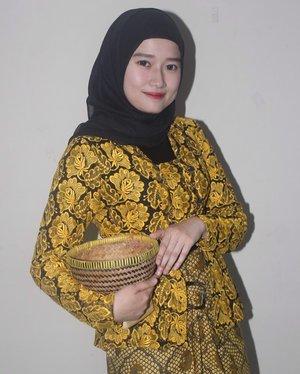 Selamat Hari Kartini semua wanita Indonesia. Terus kuat, tetap menginspirasi satu sama lain 💜•••#harikartini #kartini #clozetteID