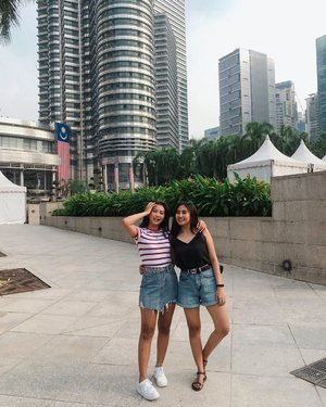 10days in KL and Hongkong was so nice, and crazy actually😂 It was our first trip together keluar endonesah, and unplanned as always! But so much fun. Loved it♥️🍃..So where to go next @nurmalitaerv ?.........#clozetteid #travel #KL #malaysia #traveler #sister #twins #ootd #city #instagood #instamood #instagram #pictureoftheday #photography #love #lifestyle #holiday #vacation #asian
