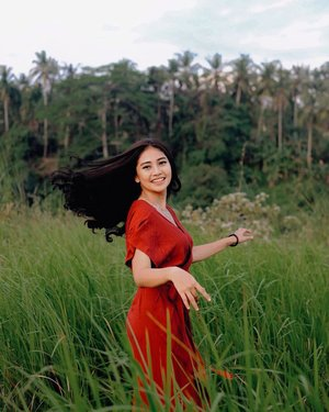 🍃💃🏽🍃 . . 📸 : @dionluas_photoart . . . . . . . . . . #clozetteid #weekend #goodday #instagood #goodvibes #instamood #instagram #bali #food #red #girl #green #naturephotography #baligasm #ubud #baliguide #hair #hairstyle #beauty #photography #photooftheday #reddress #dress #photographer #balitravel #travel #dance