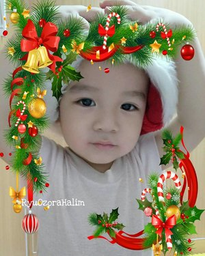 Merry Christmas from our Family to yours 🌲🎁🎄🎅❤.My Baby Santa is here 🎅🎅🎅#RyuOzoraHalim .#merrychristmas #babysanta#santaclaus #clozetteID