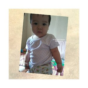 Haha... you can pose? Proud Mommy 😍❤ my (baby) boy....@baby.ryu .  This photo taken about 1-2 months ago 👦👦 keep happy and healthy love ❤ #clozetteID #RyuOzoraHalim #babyboy