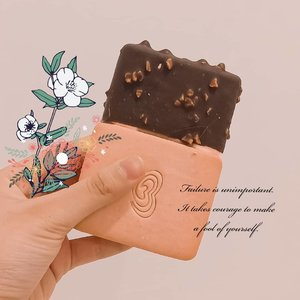 Sorry I did not mean to be sarcastic, but why this choco-peanut ice cream is better than your (...)? . #instalike #instafeed #foodphotography #food #foodie #foodstagram #icecream #ice #yummy #yummyfood #icecreamlove #foodlover #sbybeautyblogger #bloggermaniac #bloggerstyle #blogger #bloggers #oishi #clozetteid