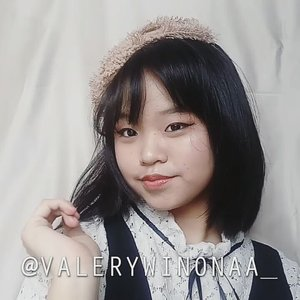 Want to see how i do this simple victorian makeup? Just go to my own Youtube Channel❤❤ ─ Youtube: Valery Winona  #clozetteid #clozette #makeuptutorial #makeupartist #makeupparty #makeupkorea #kawaiigirl #victorianstyle #beauty #beautybloggers #surabayainfluencer #cute #beautyvloggerindonesia #beautytime