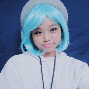 Icy girl anime makeup look for x'mas holiyay!❄⛄ #klaraholiday2018 #clozetteid #makeup #cosplay #anime #winterlook . . Face recipe: ☆ @nyxcosmetics_indonesia TOTAL CONTROL CUSHION MESH FOUNDATION ☆ @nyxcosmetics  LIP SUEDE ☆ @maybelline COLOR SHOW BLUSH ☆ @thebodyshopindo SHINE LIP LIQUID ☆ @viva.cosmetics EYEBROW ☆ @thesaemid TIP CONCEALER ☆ @pondsthailand MAGIC POWDER ☆ @kate.tokyo.official_jp  EYELINER