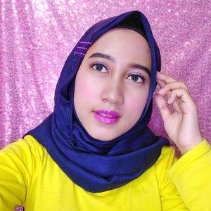 💜Purple Makeup Look💜Pake lipstick warna ungu? Why not?Disini aku pake produk makeup dari @inezcosmetic💕 Inez Color Contour Plus - Light, Medium, Dark💕 Inez Lustrous Pressed Powder - Natural💕 Inez Color Contour Plus Eyeshadow Collection - Pattaya💕 Color Contour Plus Blusher with Brush - Amaranth Pink💕 Inez Loose Eyeshadow Powder - Purple Heart💕Inez Glam & Glow Lip Palette💕 Inez Color Contour Plus Lipstick - Pale OrchidBesok aku bakalan up review semua produk dari @inezcosmetics ini Sooo, stay tune terus yaaps😊💕 ••@bandungbeautyvlogger #bandungbeautyvlogger #1stGatheringBBV #inezcosmetics #purplemakeuplook #clozetteid #purplemakeup #vloggerbandung #vlogger #beautyvloggerbandung #beautybloggerbandung