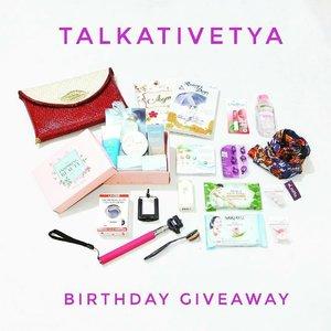 GIVEAWAY DIPERPANJANG SAMPAI BESOK YAAAA LADIES! . . @Regrann from @atisatyaarifin -  Yuhuu beauties! Bulan Mei ini aku akan berulang tahun ke ...(rahasia ah). Dalam rangka merayakan ulang tahunku, aku mengadakan giveaway yang insyaAllah hadiahnya seru. Cara ikutannya gampang banget kok. . . 1. Follow akun sosmed aku di Instagram @atisatyaarifin, Twitter (@atisatyaarifin) dan juga Facebook Fan Page (Talkativetya) 2. Repost foto ini di IG kamu dan tag 5 orang teman kamu untuk ikutan GA ini juga dengan hash tag #TalkativetyaBirthdayGA dan #TalkativeTya 3. Tulis caption ucapan ulang tahun dan harapan kalian untuk aku semenarik mungkin. . 4. Cukup repost 1x aja ya. 5. Pemenang dipilih berdasarkan caption yang paling menarik. . 6. Giveaway mulai dari tanggal 1 Mei - 24 Mei 2017. 7. Pemenang akan diumumkan tanggal 30 Mei 2017 8. Pastikan akun IG kamu disetting public yaa. . . . Yuk ikutan yaaa! Jangan lupa ajak teman-teman juga. Good luck!. . . #giveaway #giveaways #giveawayindo #birthday #birthdaygiveaway #indonesianbeautyblogger #hijabers #clozetteID - #regrann
