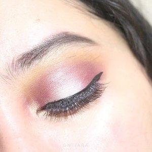 When you're bored and watched too many makeup tutorials.  Brow : @silkygirl_id eyebrow pencil black  Eyeshadow : @juviasplace Nubian 2nd on crease  @makeoverid smokey palette on the lid  @maybelline hypersharp eyeliner  @minisoindo eyelashes  #clozetteid #heytarrablog #eotd #juviasplace #indonesiabeautyblogger #indobeautygram