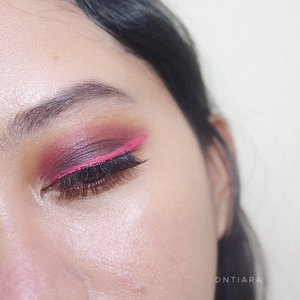 Eyeliner is @makeoverid Intense Matte Lip Cream in Vanity 💋  #heytarrablog #festivemakeup #indobeautygram #beautygram #clozetteid