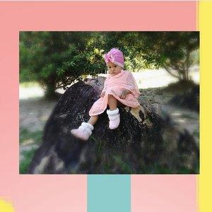 Lebaran uda lewat, acara 17an juga uda kelar, 😎 aku bete deh jadi gak ada yang ngajakin jalan2 seru 😂.#kids #ootd #babyootdindo #babyootd #babyfashionista #babygirl #kidsfashion #clozetteid #kidstyle #dressbabygirl #dressanak #cute #cutebaby #CiaAzzahra