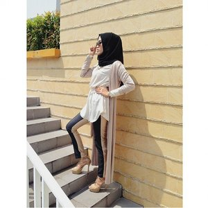 """I love this look because """"Its So Me"""" #reupload #hijab #hijabootd #hijabootindo #hijabootdindonesia #hijabfashion #hijabdaily #ClozetteID #GoDiscover #ItsSoYou"""