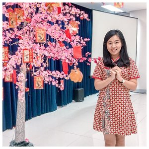 🎊 Happy Chinese New Year 🎊  May the Joy, Prosperity and Success always be with us 😇 🧧Gong Xi Fa Cai 🧧 . . . . . . . . . . #gongxifacai #xiniankuaile #imlek #xincia #chinesenewyear #kionghi #happiness #cny2019 #clozetteid #ootd #angpao #cheongsam #batik #instagood #instafashion #potd #outfitoftheday #photooftheday #likeforlikes #likeforfollow #ootdindonesia